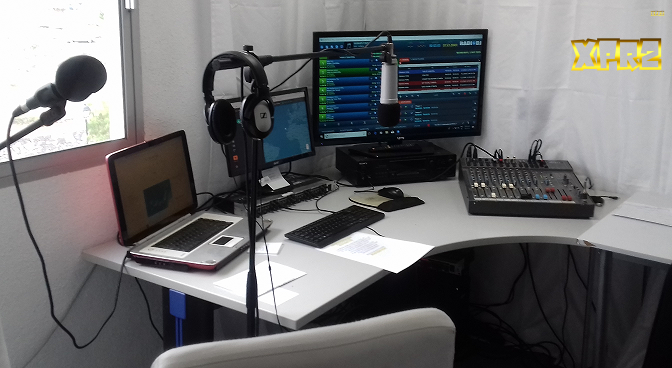 x pat radio 2 studio